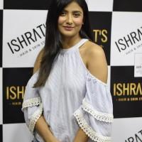 Ishrat Hair Skin Make Up Studio